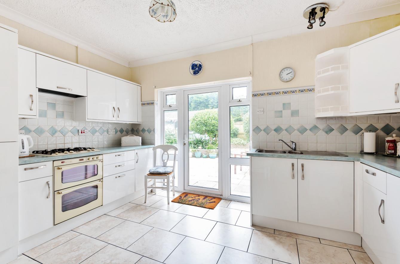 Heatherslade Road, Southgate, Pennard, Swansea, SA3 2DD